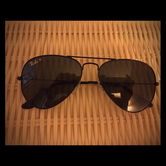 3052a8e3fcd RayBan Classic Aviator Polarized Sunglasses. M 5ba7d90ce944ba8f699aaf5e
